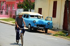 Life in Cuba and American cars Stock Images