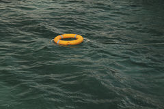Lifebuoy在海 图库摄影