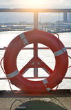 lifebuoy κόκκινο Στοκ εικόνα με δικαίωμα ελεύθερης χρήσης