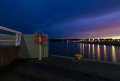 Lifebuoy στην αποβάθρα σε Sopot, κοντά στο Γντανσκ Στοκ Φωτογραφία