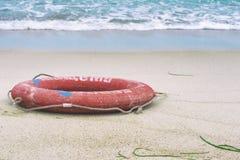 lifebuoy strand Arkivbild