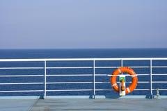 Lifebuoy sur le bateau Photographie stock