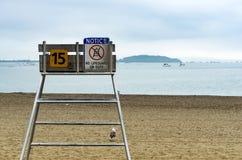 lifeguard καρέκλα στην παραλία Στοκ φωτογραφία με δικαίωμα ελεύθερης χρήσης