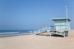 Lifeguard hut on Santa Monica beach, Los Angeles Royalty Free Stock Images