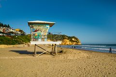 Free Lifeguard Tower, Sand Beach, Blue Ocean And Blue Sky Royalty Free Stock Photography - 143398237
