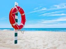 Lifesaver på stranden Royaltyfria Foton