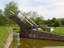 Lift Bridge. A lift bridge on the South Oxford Canal, UK Stock Photos