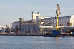 Lift met ligplaats voor schepen stock fotografie
