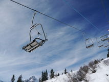 Lift people skiing Royalty Free Stock Images