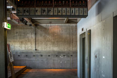 Lift in verlaten fabriek Royalty-vrije Stock Foto
