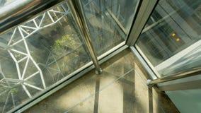 Lifthoogte - midden van lift wordt geschoten die omhoog opheffen die royalty-vrije stock foto