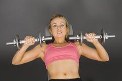 lifting weights Στοκ φωτογραφίες με δικαίωμα ελεύθερης χρήσης