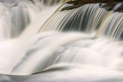 A ligação cai cascata Imagens de Stock Royalty Free