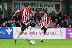 Liga av Irland den f?rsta uppdelningsmatchen mellan Cork City FC vs Derry City FC arkivbilder