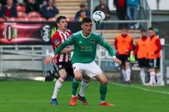 Liga av Irland den f?rsta uppdelningsmatchen mellan Cork City FC vs Derry City FC arkivfoton