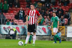 Liga av Irland den f?rsta uppdelningsmatchen mellan Cork City FC vs Derry City FC arkivfoto