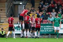 Liga av Irland den f?rsta uppdelningsmatchen mellan Cork City FC vs Derry City FC royaltyfria foton