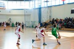 Liga de basquetebol europeia da juventude Fotografia de Stock