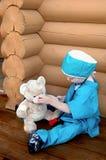 Ligando nossas feridas Fotografia de Stock Royalty Free