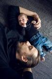 Ligga för fader och för son Royaltyfri Fotografi