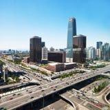 Liggande av den moderna staden arkivfoto