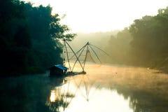 Liggande av floden fotografering för bildbyråer