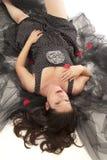 liggande kvinna för golv Royaltyfri Fotografi