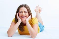 liggande kvinna för golv Royaltyfria Bilder