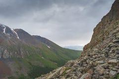 Liggande med berg Republik Altay Royaltyfri Bild