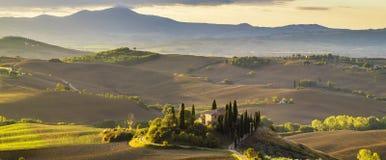 liggande tuscan Härlig Tuscan morgon Royaltyfria Foton