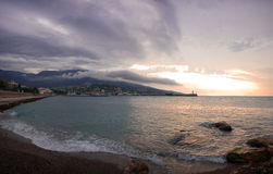 liggandehav yalta Arkivbilder