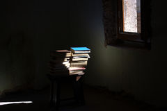 Light. The books, all the stories of the world Royalty Free Stock Photos