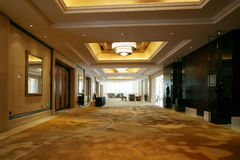 A light and bright luxurious hotel corridor Royalty Free Stock Images