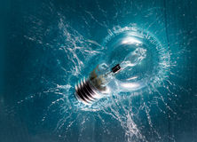 Light bulb splash Royalty Free Stock Photo