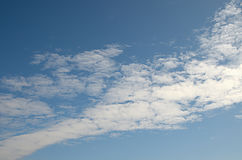 Light cloud in blue sky diagonally Royalty Free Stock Photos