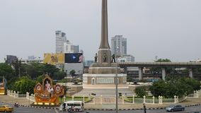 Light traffic around Victory Monument, Bangkok stock video footage