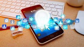 Lightbulb en pictogrammen over mobiele telefoon Royalty-vrije Stock Afbeeldingen