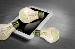 Lightbulbs en bezinningen Stock Afbeelding