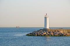 Lighthous en el mar Fotografía de archivo
