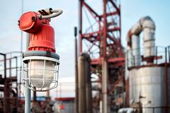 Free Lighting Mast With Lantern In Explosion-proof And Fire-proof Design Close-up Over Background Of Pipelines Buildings And Equipment Royalty Free Stock Photo - 171663005