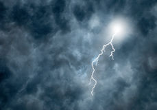 Lightning in Dark Storm Clouds Royalty Free Stock Photos