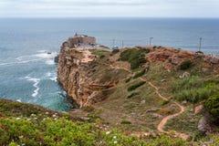 Lightouse在Nazarè,在区域Oeste和莱里亚区,在葡萄牙 免版税库存图片