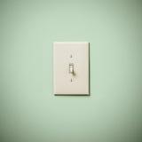 Lightswitch auf blauem Grün Aqua Teal Wall Off Lizenzfreie Stockfotos