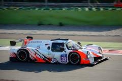 Ligier trägt den Prototyp zur Schau, der durch Nissan angetrieben wird stockfoto