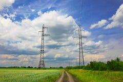Ligne électrique à haute tension Photos libres de droits