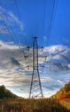 ligne électrique contre un beau ciel photographie stock libre de droits