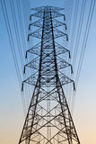 Ligne électrique de l'électricité Images libres de droits