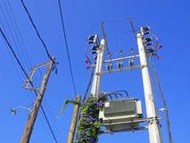 Ligne électrique de l'électricité Image stock