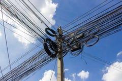 Ligne électronique et de câble Photographie stock