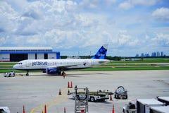 Ligne aérienne de Jetblue Photos stock